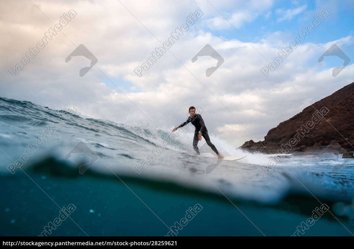 surfer, riding, waves, on, the, island - 28259621