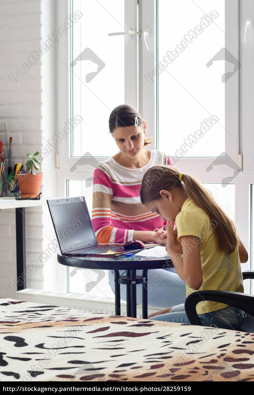 the, tutor, at, home, teaches, a - 28259159