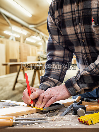 carpenter, at, work, on, wooden, boards. - 28279342