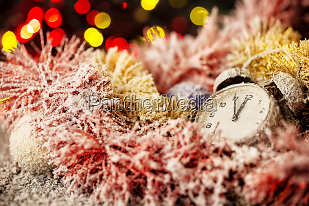 clock, in, snow-covered, christmas, ornaments - 28279865