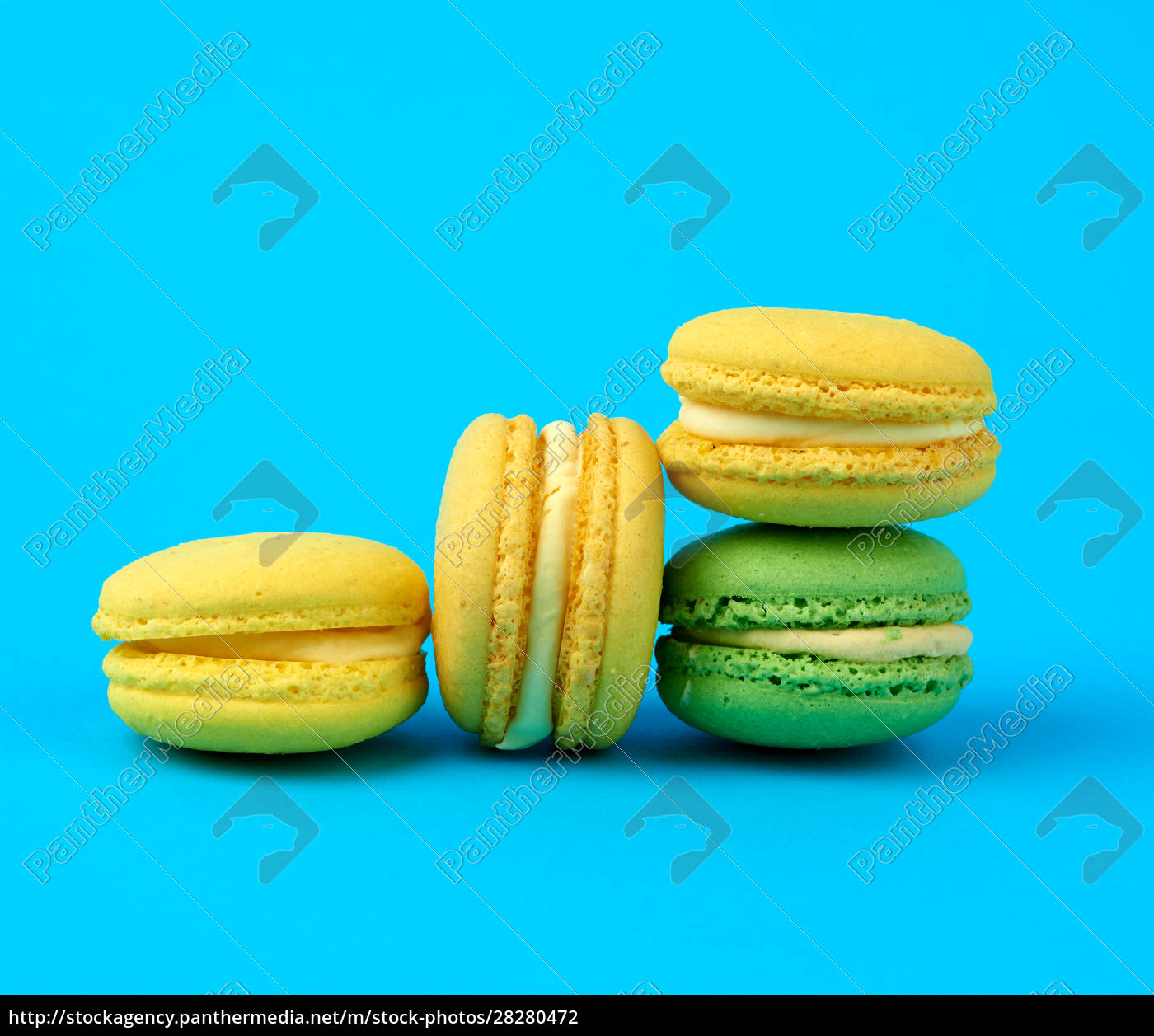 multi-colored, round, baked, macarons, cakes, on - 28280472