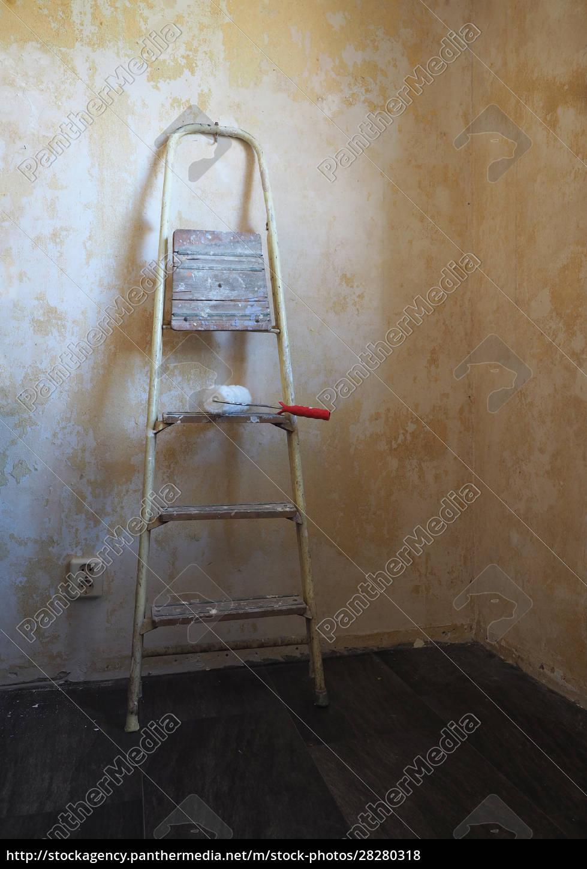 stepladder, , painting, , renovate - 28280318