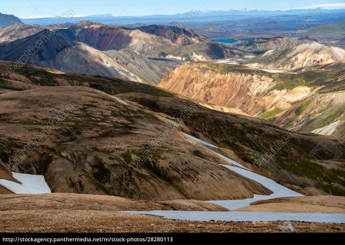 volcanic, mountains, of, landmannalaugar, in, fjallabak - 28280113