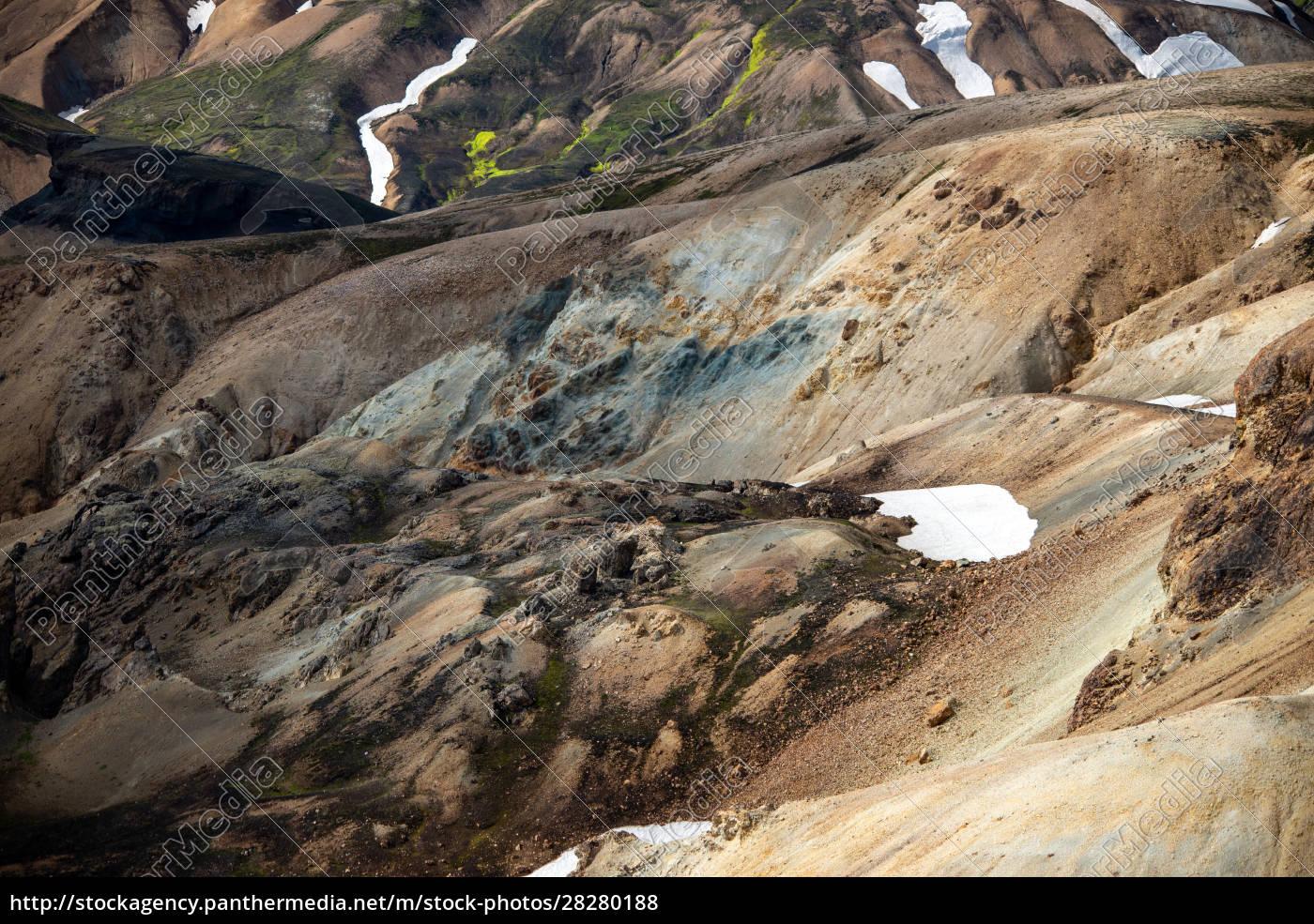 volcanic, mountains, of, landmannalaugar, in, fjallabak - 28280188
