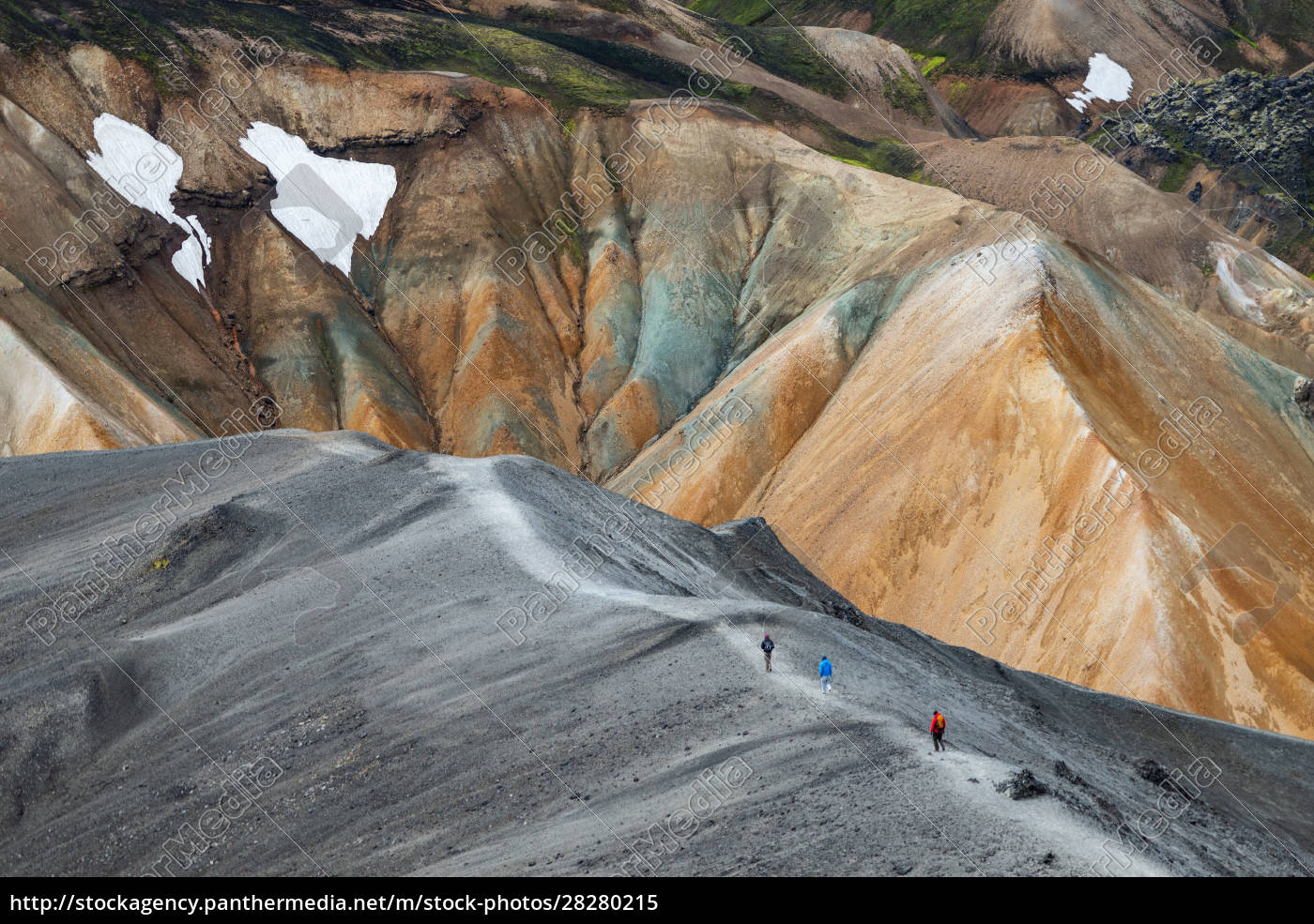 volcanic, mountains, of, landmannalaugar, in, fjallabak - 28280215