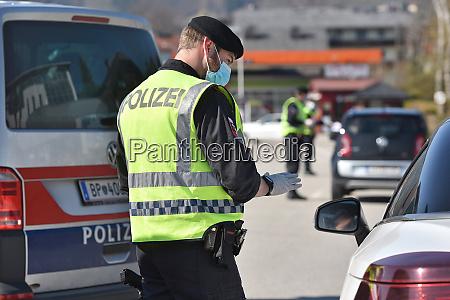 corona crisis police controls
