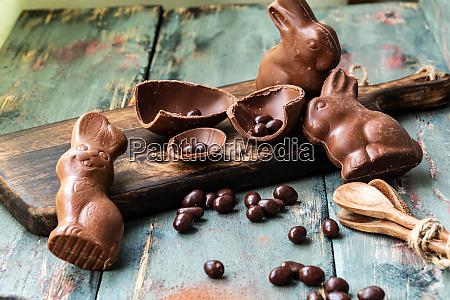 exquisite pure chocolate in pieces