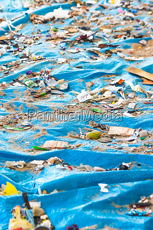 beach cleaning cleaning dirty beaches by