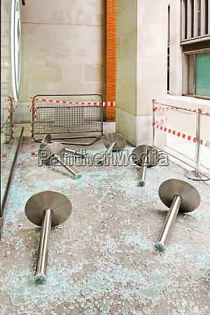 hooliganism destruction