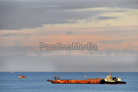 shipping in front of bohol in