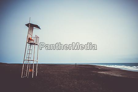 lifeguard tower chair in fogo island