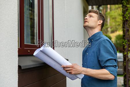 real estate appraisal man doing