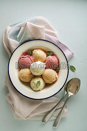 ice cream fruit
