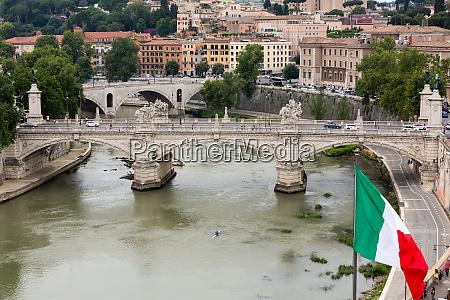 vittorio emanuele ii bridge in rome