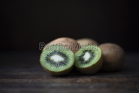 kiwi still life