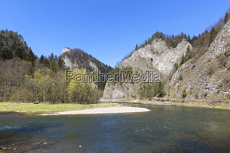 dunajec river gorge view of the