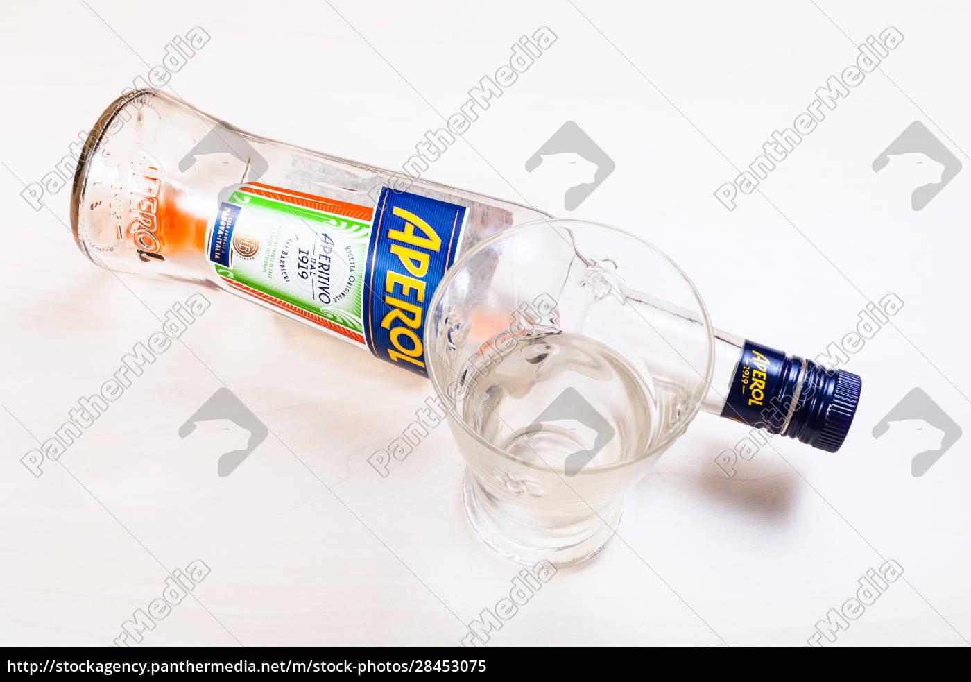 top, view, of, empty, bottle, of - 28453075