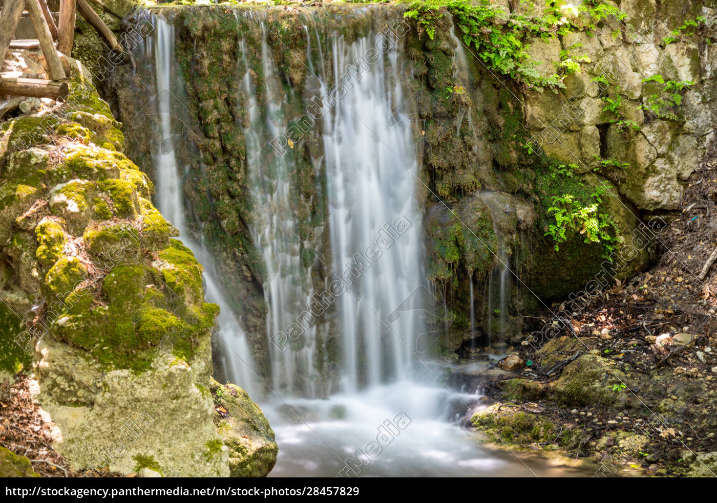 waterfall, in, the, valley, of, butterflies - 28457829
