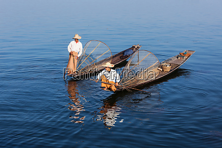traditional burmese fishermen at lake myanmar