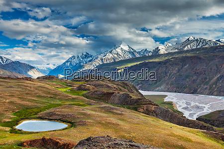 himalayan landscape in himalayas india