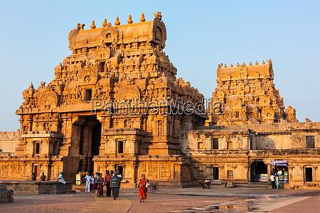 brihadishwarar temple tanjore