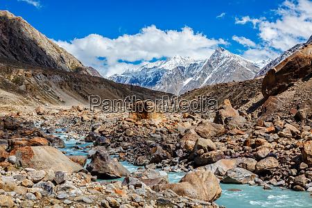 chandra river in himalayas