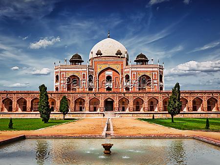 humayuns tomb delhi india