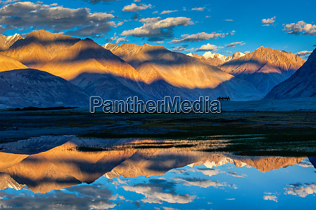 himalayas on sunset nubra valley ladakh