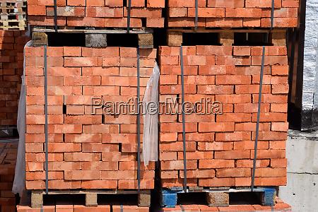 bricks on pallets storage of bricks