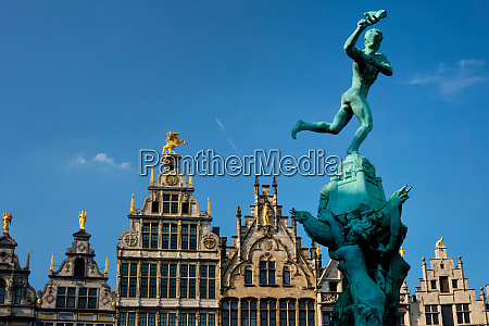 antwerp grote markt old houses and