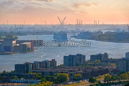 view of rotterdam city and nieuwe