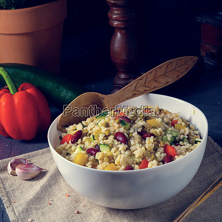 bulgur kaszotto with fresh vegetables and