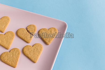 broken heart broken cookie in the