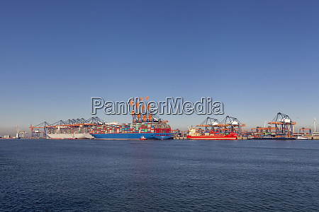 large container vessel unloaded in port