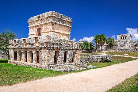 ancient mayan ruins at tulum in