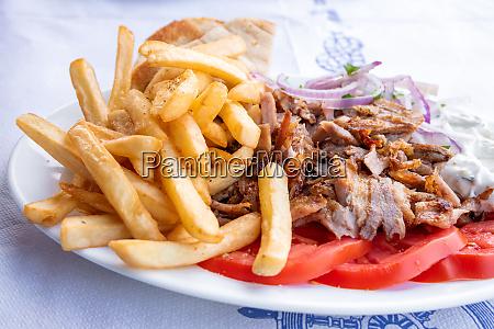 greek souvlaki traditional food in greece
