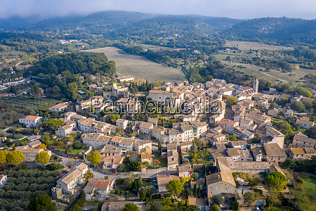 aerial view of houses in lagnes