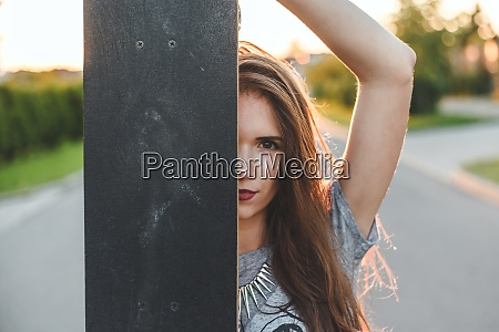 girl looks out of the skate