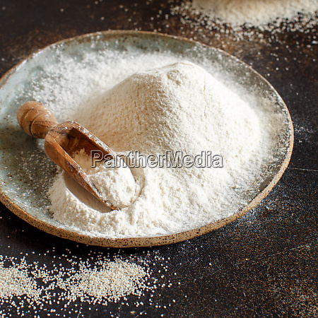 raw fonio flour and seeds with