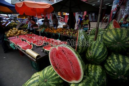 street commerce in the neighborhood of