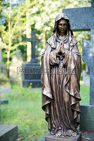 gravestone in the cemetery