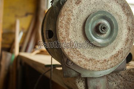 sharpening grinder