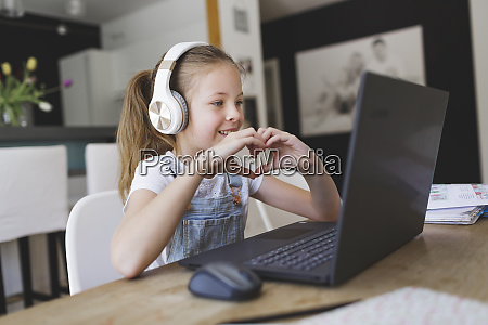 beautiful young girl with headphones and