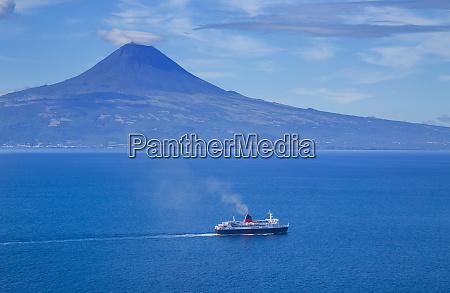 pico island volcano