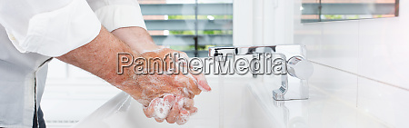 thoroughly hands wash