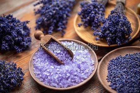 aromatherapy with natural salt