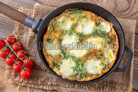 frittata with ground meat and mozzarella