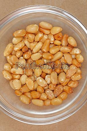 pinenuts in bowl