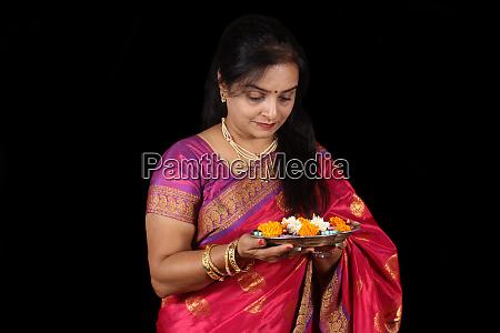 indian prayer woman