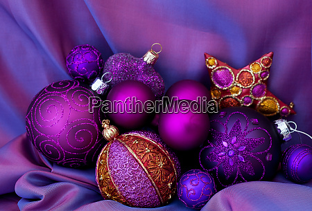 opulent christmas decoration in purple and